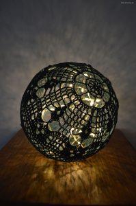 Virkad liten ljusboll